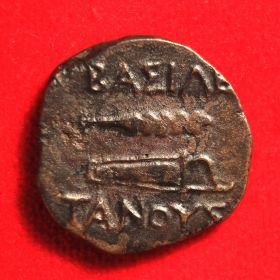 Дихалк царя Танусака с Зевсом