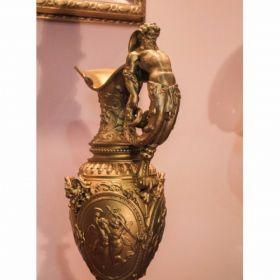 Декоративная ваза XIX века