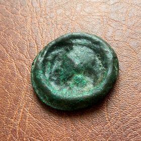"""Ольвия. Литой асс """"Афина-колесо"""". Гемиобол. V век до н.э."""